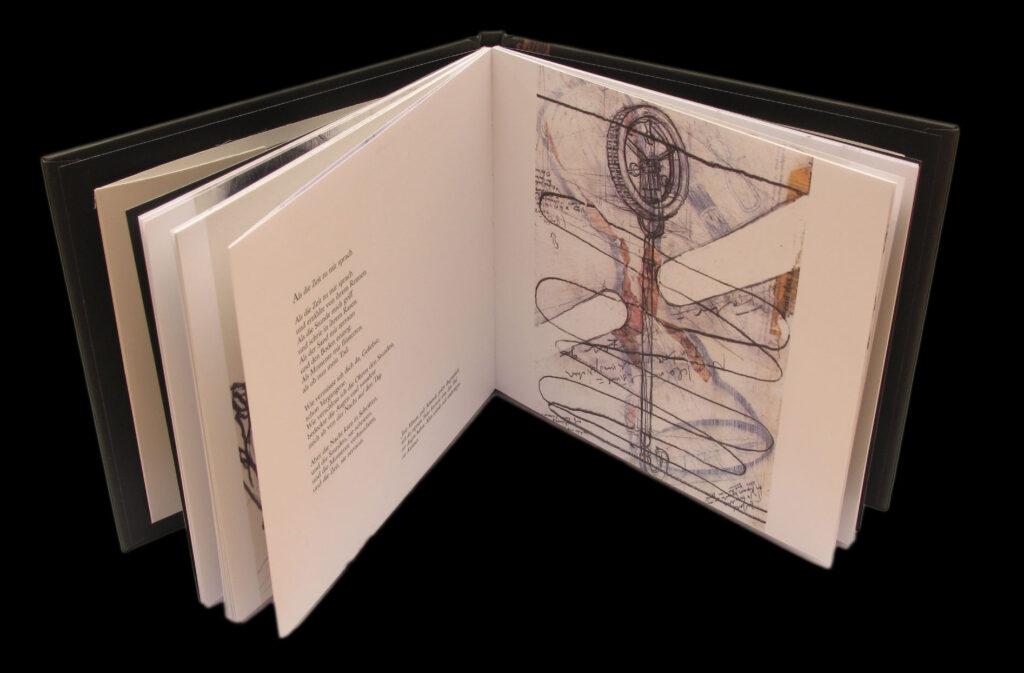 Innenansicht der CD «GRABER: Todgesagt» mit Illustrationen und den Gedichten.